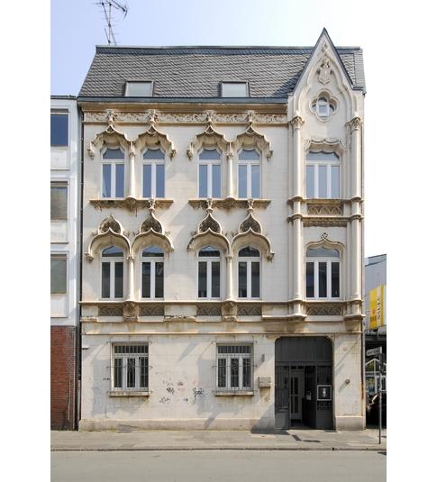 (c) Künstler- und Atelierhaus Goldstraße 15