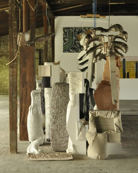 Lorenzo Pompa | CRATES AND OTHER PRIMITIVE THINGS